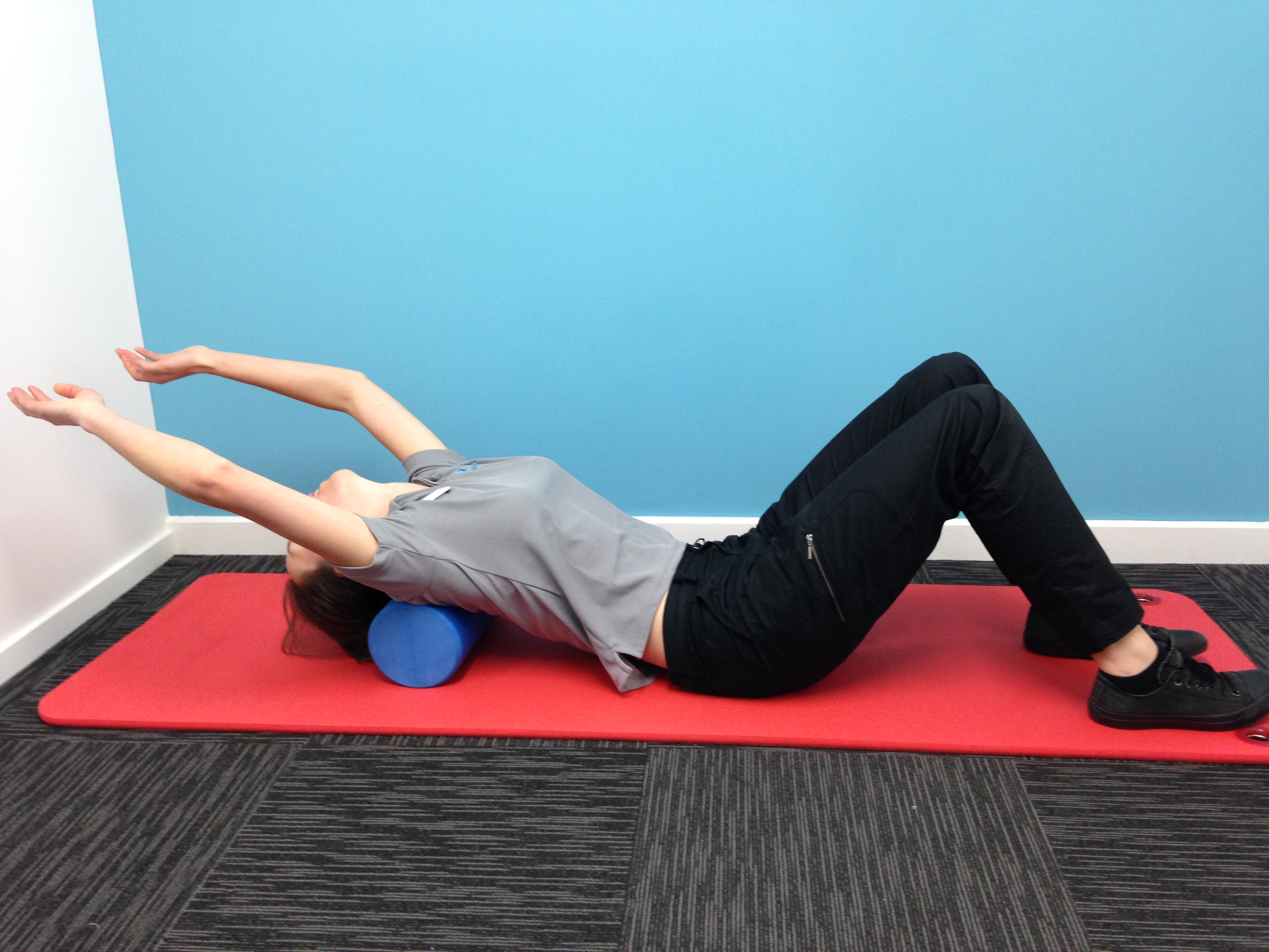 thoracic extension stretch for swimmers
